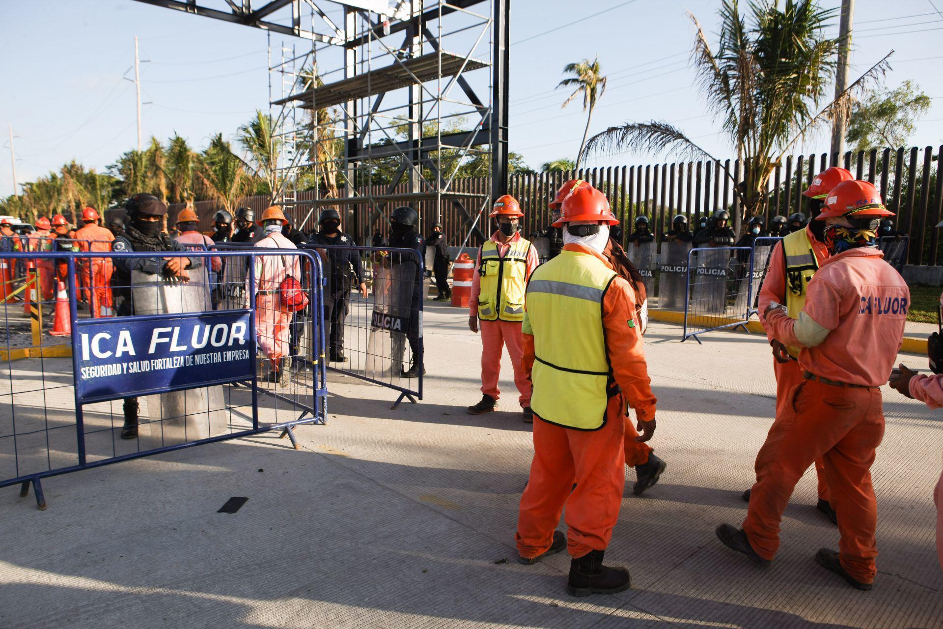 Corren a 500 trabajadores de Dos Bocas por manifestarse. Noticias en tiempo real